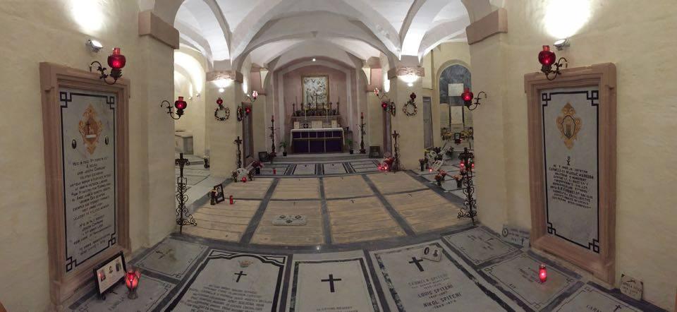 Cript (4) - Carmelite Priory